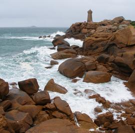 Côte rocheuse en Bretagne du Nord