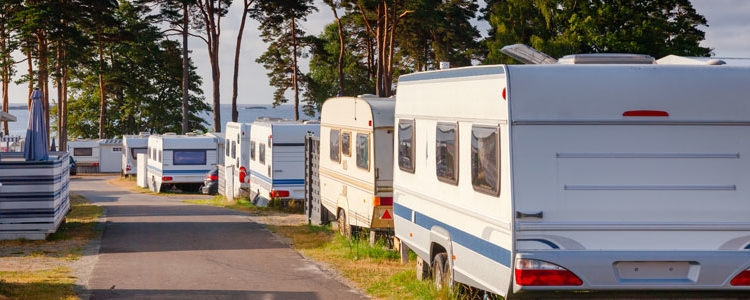 Achat de camping car : trouver les meilleures offres en ligne